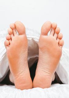 FeetInBed